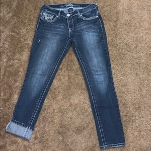 WOMANS VANITY JEANS SZ 30/32